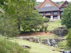 Falls Lodge at Big Cedar 1