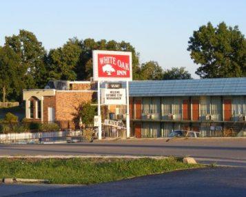 Branson West Motel White Oak Inn