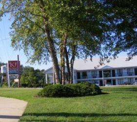 76 West Motel Knights Inn